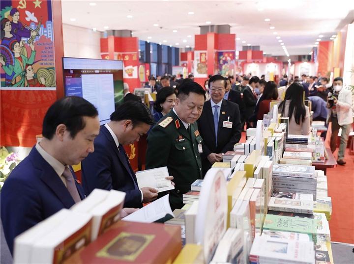 Nhà xuất bản Xây dựng tham gia Trưng bày sách điện tử chào mừng Đại hội Đại biểu toàn quốc lần thứ XIII của Đảng